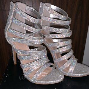 Windsor silver heels